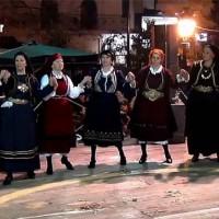 Χορευτικά τμήματα του Συλλόγου Βοϊωτών στην κεντρική πλατεία Κοζάνης! Δείτε τους…