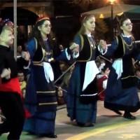 Όλα τα χορευτικά από τα Κρεβατάκια στην κεντρική πλατεία Κοζάνης! Δείτε το βίντεο