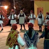 Δείτε τα χορευτικά τμήματα του Συλλόγου Καρυδίτσας στην κεντρική πλατεία Κοζάνης! Βίντεο