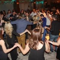 Γλέντι μέχρι το πρωί στο χορό του συλλόγου Μικροβαλτινών! Δείτε το βίντεο