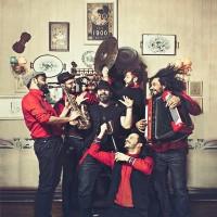 Η Ethnic / Balkan μπάντα «Folk N' Roll» Live στο Barcode!