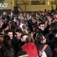 Πλήθος κόσμου στον Φανό «Αλώνια» – Δείτε το αποκριάτικο γλέντι στο βίντεο του kozaniLife.gr