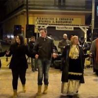 Με αρκετό κρύο το Αποκριάτικο γλέντι στον Φανό του «Αριστοτέλη»! Δείτε το βίντεο του kozaniLife.gr