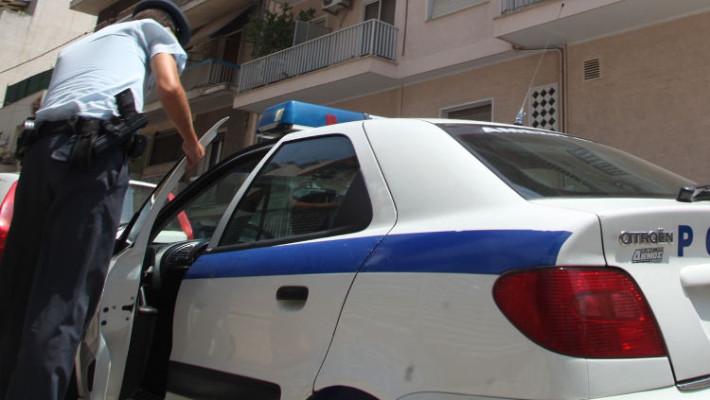 Συνελήφθησαν ένας άνδρας και δύο γυναίκες για κλοπή σε βάρος ηλικιωμένης στην Κοζάνη