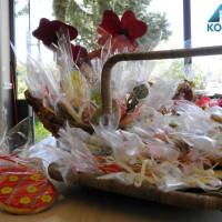 Πασχαλινές γλυκές δημιουργίες στα καταστήματα deux Kk στην Κοζάνη