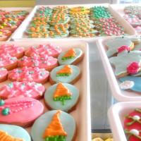 Ξεχωριστά γλυκίσματα για τις κοινωνικές σας εκδηλώσεις και το πασχαλινό τραπέζι από τα καταστήματα deux Kk στην Κοζάνη