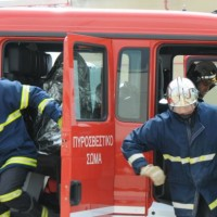 Φωτιά σε αποθήκη στο Μαυροδένδρι Κοζάνης – Υλικές ζημιές σε αγροτικό μηχάνημα
