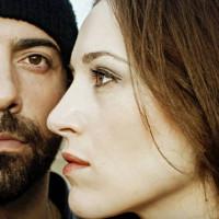 «Θα σε κοιτώ…»: Ένα τραγούδι του μουσικού σχήματος «Αλκή», σε ερμηνεία της Δήμητρας Καραγιάννη και του Δημήτρη Γαύρου
