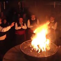 Για πέμπτη συνεχόμενη χρονιά άναψε ο φανός της αποκριάς στο Μόναχο από τους Κοζανίτες! Δείτε το βίντεο