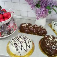 Τσουρέκια και παραδοσιακά γλυκά από το ζαχαροπλαστείο «Γαρδένια» στην Κοζάνη