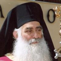 Οι άγιοι λιγοστεύουν, οι τυχοδιώκτες περισσεύουν – Γράφει ο Χαρίτων Καρανάσιος