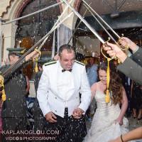 Μοναδικός στρατιωτικός γάμος στην Κοζάνη με σπαθιά και… απίθανα καψόνια στον γαμπρό!