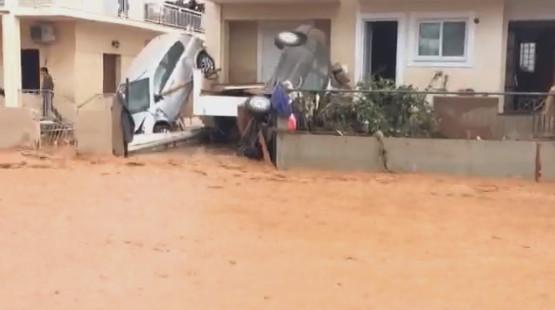 katastrofes-mandra-autokinita-7