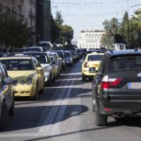 «Εξορίζουν» τα ντίζελ Ι.Χ. από τις πόλεις – Το σχέδιο για τα πετρελαιοκίνητα