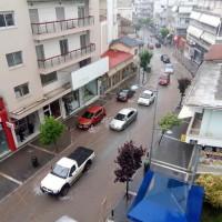 Βίντεο: Αρκετά προβλήματα στην Κοζάνη από την ολιγόλεπτη ισχυρή νεροποντή – Χωρίς ρεύμα μεγάλο μέρος της πόλης