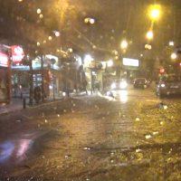Ισχυρή νεροποντή στην Κοζάνη μετέτρεψε σε ποτάμια τους δρόμους  της πόλης! Δείτε το βίντεο