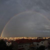 Η φωτογραφία της ημέρας: Εντυπωσιακό ουράνιο τόξο πάνω από την Κοζάνη