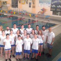«Δελφίνια Πτολεμαΐδας»: Δυναμικό παρόν με 18 αθλητές στο πρωτάθλημα κατηγοριών τεχνικής κολύμβησης