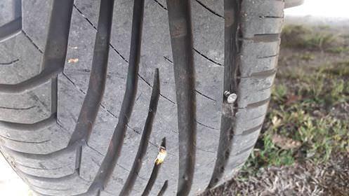 Περίεργες δολιοφθορές σε παρκαρισμένα αυτοκίνητα στην Πτολεμαΐδα καταγγέλλει κάτοικος