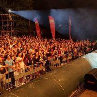 Δεν έπεφτε καρφίτσα το βράδυ του Σαββάτου στο River Party με την Πάολα – Δείτε βίντεο και φωτογραφίες