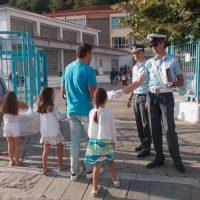 Δυτική Μακεδονία: Ενημερωτικά φυλλάδια σε σχολεία από την Τροχαία με συμβουλές οδικής ασφάλειας και κυκλοφοριακής αγωγής