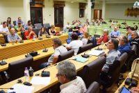 Οι εξελίξεις της μετεγκατάστασης της Ακρινής και το ζήτημα του σχολείου της Άνω Κώμης στο Δημοτικό Συμβούλιο Κοζάνης – Δείτε το βίντεο