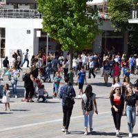Νέα άρση μέτρων προ των πυλών και ανακοινώσεις το απόγευμα από τον Νίκο Χαρδαλιά – Τι ανοίγει