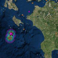Σεισμικές δονήσεις 6,4 και 6,7 στο Ιόνιο ταρακούνησαν την Ελλάδα – Αισθητοί και στην Κοζάνη