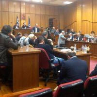 Ένταση στο Περιφερειακό Συμβούλιο για την μετεγκατάσταση της Ακρινής – Δείτε το βίντεο