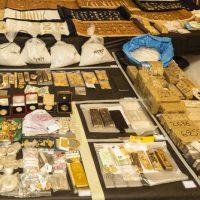 400.000 ευρώ την ημέρα ο τζίρος του κυκλώματος λαθρεμπορίου χρυσού που συνελήφθη – Δείτε τι κατασχέθηκε από την Αστυνομία