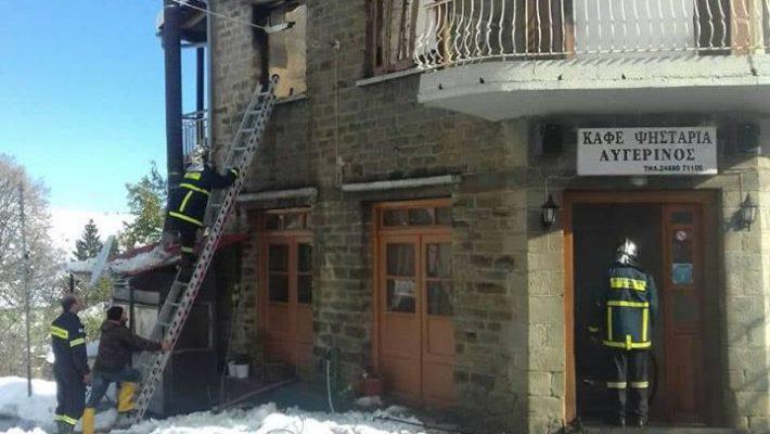 Κάηκε ολοσχερώς διώροφη οικία στον Αυγερινό Κοζάνης – Δείτε φωτογραφίες