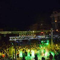 Πλήθος κόσμου στην έναρξη των Χριστουγεννιάτικων εκδηλώσεων στην Κοζάνη – Δείτε βίντεο και φωτογραφίες