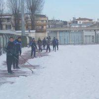 Βίντεο: Αποχιονισμός κάνοντας… προπόνηση στο ΔΑΚ Κοζάνης για τους αθλητές του «Φιλαθλητικού Κοζάνης Στίβου»