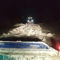 Εγκλωβίστηκε στο χιόνι ακόμα και το εκχιονιστικό του Δήμου Κοζάνης στα Πετρανά – Δείτε βίντεο και φωτογραφίες