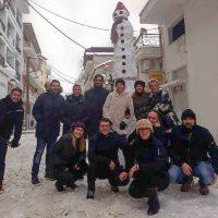 Στην Πτολεμαΐδα ο ψηλότερος χιονάνθρωπος της Ελλάδας – Δείτε φωτογραφία
