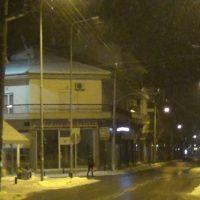 Ξεκίνησε ασθενής χιονόπτωση στην πόλη της Κοζάνης – Δείτε το βίντεο