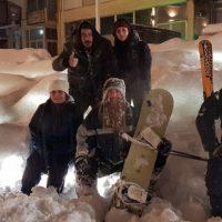 Ski και Snowboard στην κεντρική πλατεία των Γρεβενών – Δείτε το βίντεο