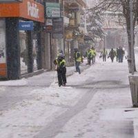 Συνεχίζεται η επέλαση του χιονιά στον νομό Κοζάνης – Ολικός παγετός και χαμηλές θερμοκρασίες στις περισσότερες περιοχές