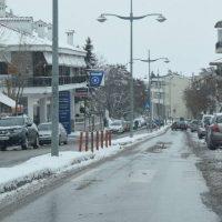 Βόλτα στην χιονισμένη και παγωμένη Κοζάνη – Δείτε το βίντεο