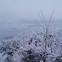 Πανέμορφες εικόνες από την χιονισμένη Νεράιδα Κοζάνης – Δείτε το βίντεο