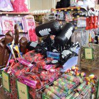 Αποκριάτικα είδη στο Happy Market Jumbo στην Κοζάνη: Μεγάλη ποικιλία στις καλύτερες τιμές της αγοράς – Δείτε φωτογραφίες