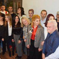 Αυτοί είναι οι 18 πρώτοι και νέοι υποψήφιοι δημοτικοί σύμβουλοι του συνδυασμού του Λευτέρη Ιωαννίδη «Κοζάνη Τόπος να Ζεις» – Δείτε φωτογραφίες από την εκδήλωση