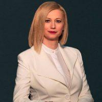 Ραχήλ Μακρή: «Κάτω τα ματωμένα βρωμόχερά σας Γεροβασίλη από τη Μακεδονία, επίγονοι και ανδρείκελα των ηττημένων γενίτσαρων του εμφυλίου»