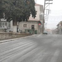 Ξεκίνησε η χιονόπτωση στη Σιάτιστα το πρωί του Σαββάτου – Δείτε το βίντεο
