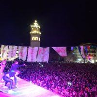 Όλα έτοιμα για την έναρξη του Πάρτι Νεολαίας στην κεντρική πλατεία Κοζάνης – Δείτε βίντεο και φωτογραφίες