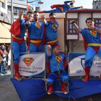 Δείτε βίντεο από τη μεγάλη Αποκριάτικη Παρέλαση της Κοζάνης
