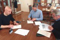 Σε πλήρη εξέλιξη ο εκσυγχρονισμός των αρδευτικών του Δήμου Κοζάνης – Υπογράφηκε το έργο προϋπολογισμού  350.000 ευρώ για Άνω Κώμη, Αιανή και Λευκοπηγή