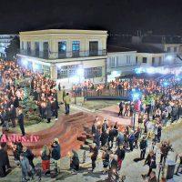 Η Αναστάσιμη Ακολουθία στην Κεντρική Πλατεία Σερβίων – Δείτε το βίντεο