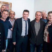 Ο Θοδωρής Ζαγοράκης στο εκλογικό κέντρο της Αθηνάς Τερζοπούλου στην Πτολεμαΐδα
