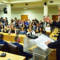Πραγματοποιήθηκε η κεντρική ομιλία του Κυριάκου Μιχαηλίδη στην Κοζάνη – Δείτε βίντεο και φωτογραφίες